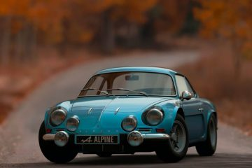 shallow-focus-photography-of-blue-alpine-car-1592384 (1)